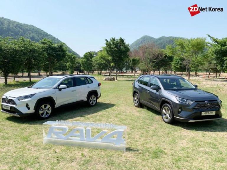 [시승기] 첨단 사양으로 무장한 도심형 SUV 토요타 '라브4'